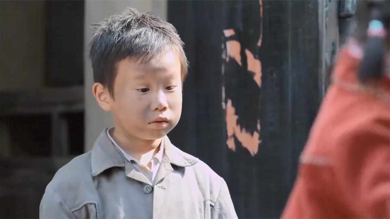 回家: 家里穷的揭不开锅, 不料收养个小乞丐后, 生活立马好起来