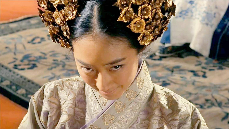 龙门飞甲: 丫鬟太丑, 贵妃下令西厂杀她, 不料下秒死的竟是自己!