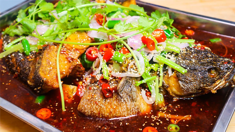 大厨教你在家做烤鱼, 详细的腌料和烤鱼料配方, 香辣又入味!