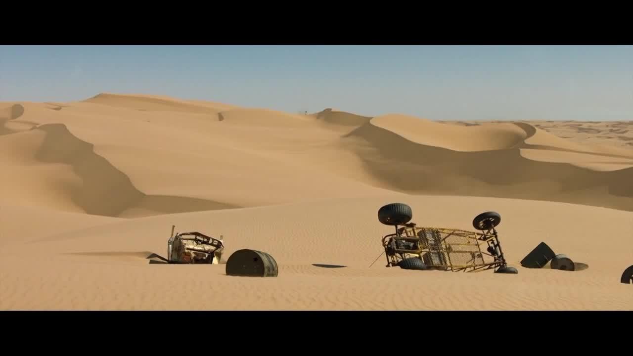 2020巨石强森最新冒险猛片, 沙漠惨遭鸵鸟攻击, 吊桥又被山魈围攻
