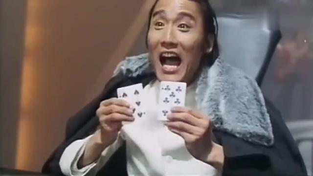 赌圣: 这才叫高手, 利用对家的鹦鹉窥底牌, 结果赢多多!