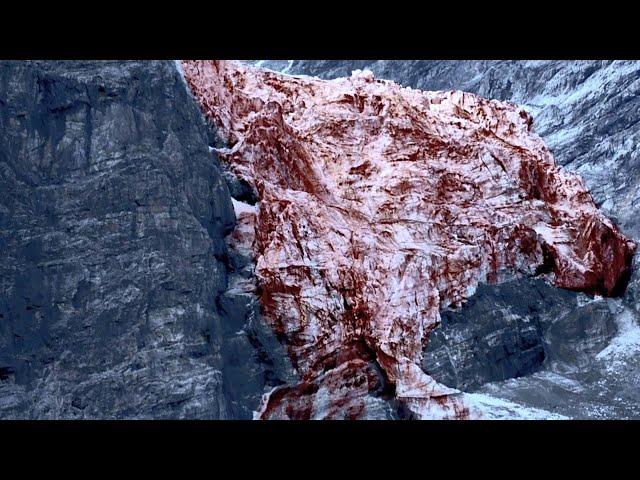 远古冰山融化,冰水竟是血红色,更可怕的是里面的东西!