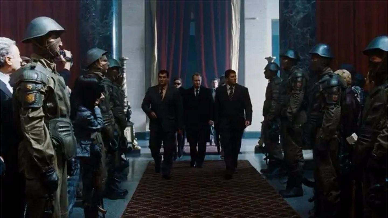 电影: 不愧是顶尖杀手, 超百名特种兵近身防卫, 依然完美暗杀目标