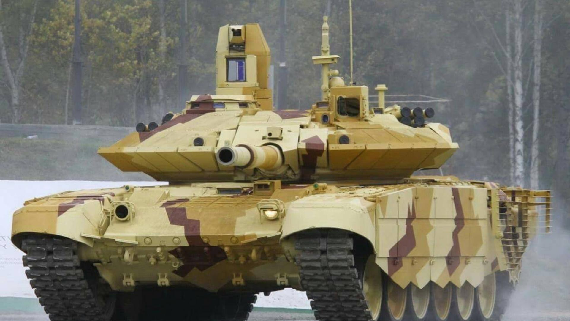 中国15式轻坦最大对手!印度豪购464辆T-90MS坦克:高原决战鹿死谁手?