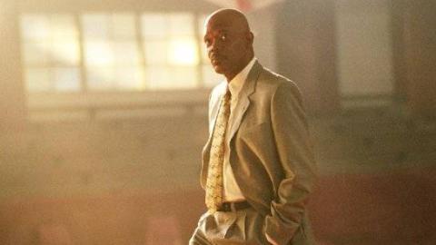 神盾局长教你打篮球和做人,这部《卡特教练》必将是他最上乘的经典之作