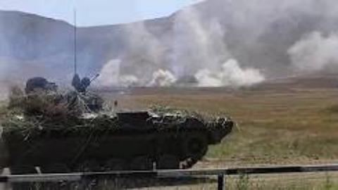 格鲁吉亚国防军BMP-2 、T-72坦克射击训练记录