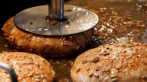 【韩国街头美食】- 韩式奶酪面包