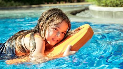"""黑科技""""游泳神器——Swii智能动力浮板正式上市"""