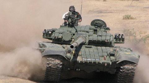 坦克比赛为什么俄罗斯老针对中国改规则?还不都是为了卖坦克
