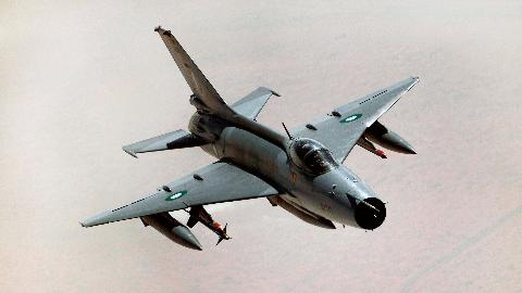 歼20都服役了,中国空军还有歼7这种爷爷机吗?答案让人措手不及