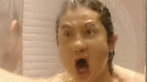 男模到女明星家里洗澡,没想到出来大变样,就连自己都认不出