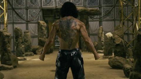 小伙获得龙纹身印记,从此成了一名绝世高手,一部喜剧武侠电影