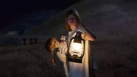大卫·F·桑德伯格恐怖短片《关灯后》