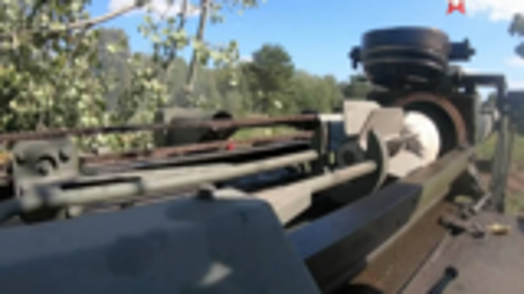 1080p:240mm 2S4 郁金香迫击炮发射:红星台