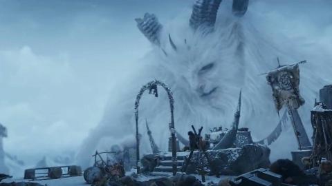 人类在雪山发现远古雪怪,它一直默默守护着人类,最新怪兽科幻片