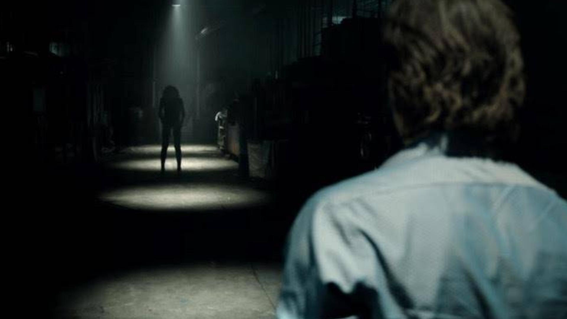 【瓜皮酱】恐怖片《关灯后》来袭!隐藏在黑暗深处的恶魔!