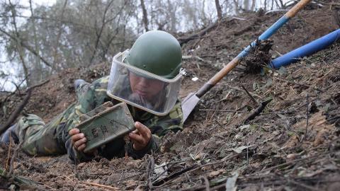 此面向敌!中国仿制美国阔剑地雷比原版还多一项功能,专治追兵