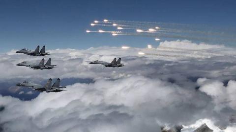 中国空军有多少个师?一旦战争爆发,随时出动对敌人展开雷霆反击