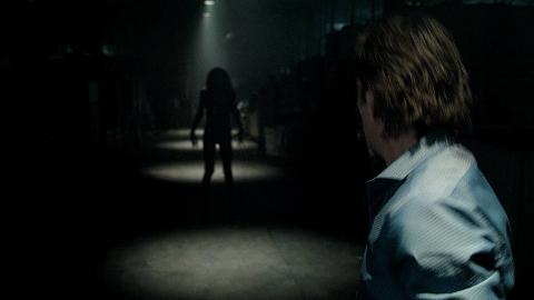 【阿斗】网上爆红的恐怖短片改编的电影《关灯后》温子仁参与