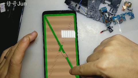 三星S9+帮粉丝换屏幕和摄像头镜片,大家可以按照这个教程自己换,动手能力一定要强