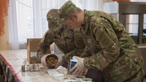 """中餐在美军中是有多受欢迎?美国大兵患上""""中餐依赖症"""""""