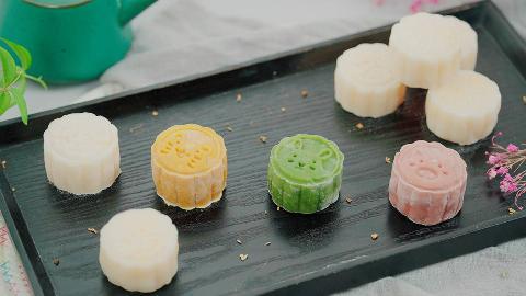零失败冰皮月饼,软糯香甜,不用烤箱就能做!