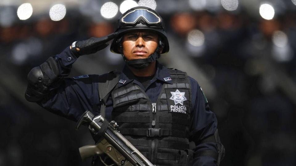 惨剧!墨西哥警察身中150枪丧命街头,只因抓了毒枭儿子惨遭报复!