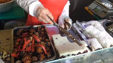 北京牛街特色美食之洪记切糕,12元一大块,软糯香甜实在太好吃了