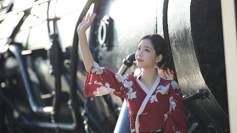 韩敏英 - 秋日户外摄影