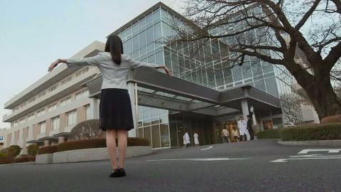 """日本出现一群身体僵直的""""活稻草人"""",发生了什么?"""