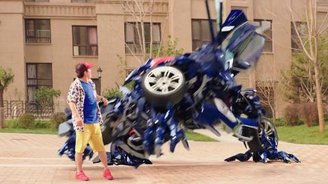 小伙许愿想要一个擎天柱,结果来了山寨汽车人,一部搞笑科幻电影
