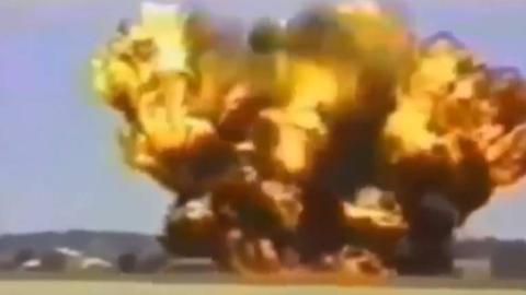 盘点那些恐怖的飞机坠毁视频(第四期)