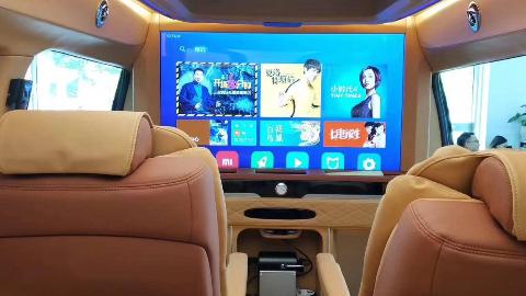 4寸超大曲屏隔断,双层头等舱座椅,这台高顶隔断奔驰V260L卓尔不凡!