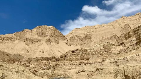 藏地日记:穿越人迹罕至的千年秘境,探秘曾是远古大湖的西藏札达土林