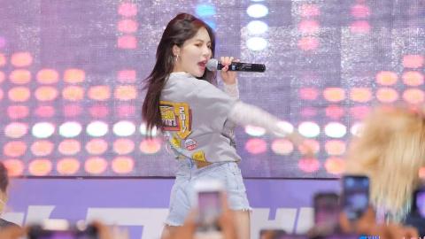 泫雅HyunA《RED》4K直拍