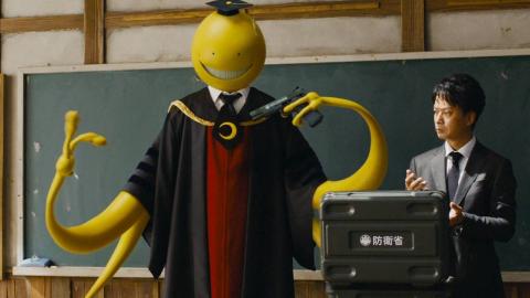 在这所奇葩的学校,学生射杀老师才能毕业,还能拿到100亿奖金!日本奇幻喜剧片《暗杀教室》