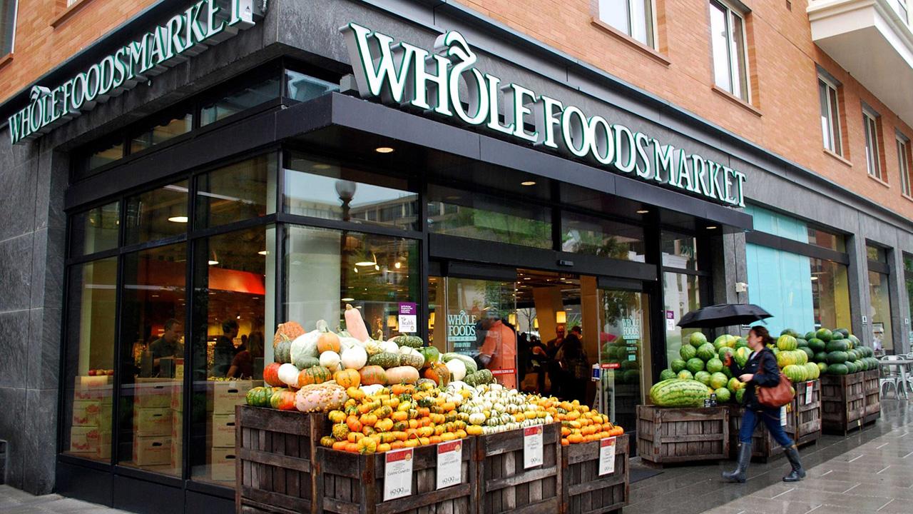 美国超市价格贵到被举报:4颗草莓需要300块,都开在富人区!