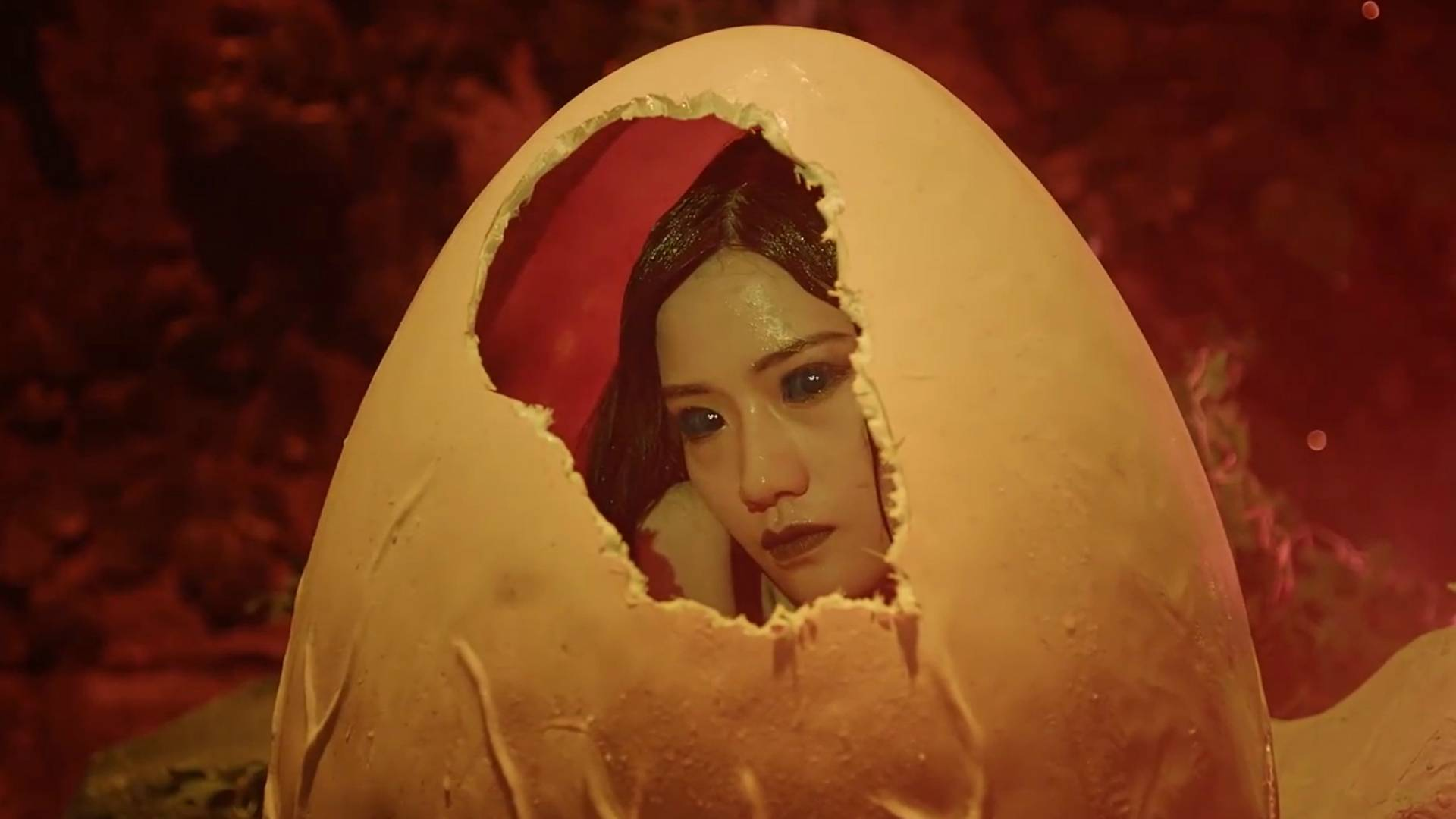 妖怪死后留下一颗蛋,让电影结局发生反转,一部喜剧动作电影