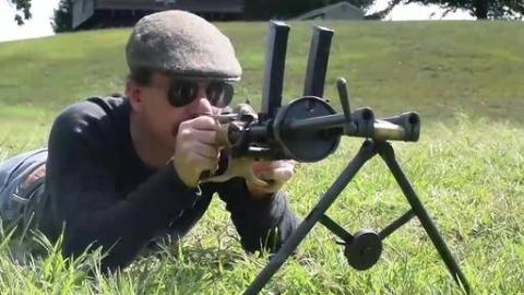 世界上第一支冲锋枪:帕勒沙M1915