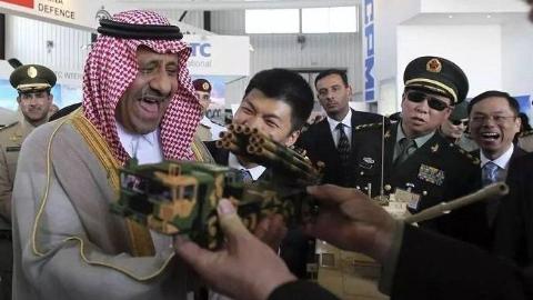 沙特土豪误买两架客机?他们也曾壕掷数十亿美元帮中国走出困境!