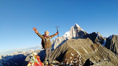人生中第一个5000米—四姑娘山二峰