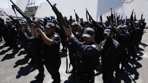 一国之耻!墨西哥政府主动释放毒枭之子,毒贩与警察接头握手告别
