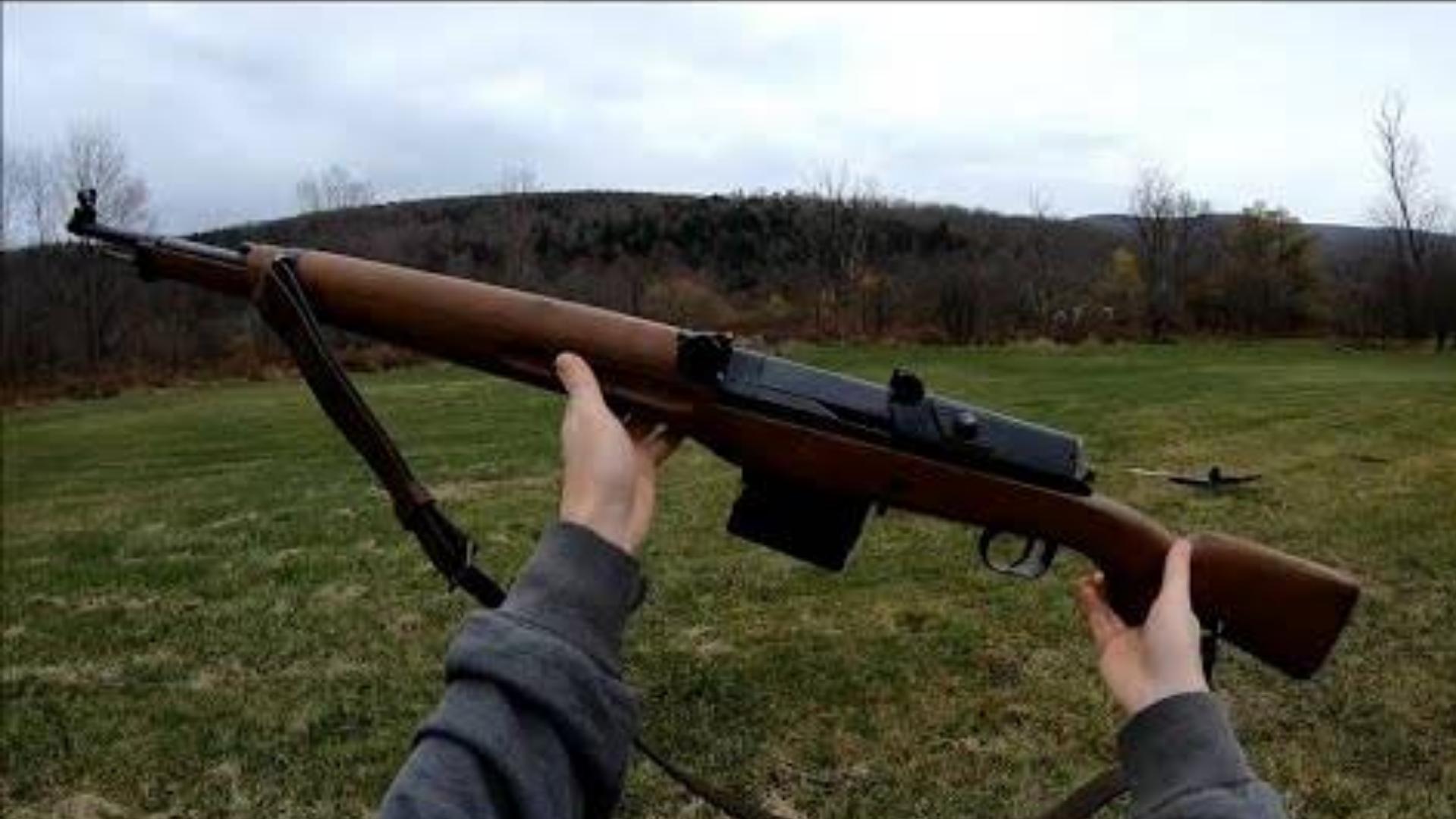 [GunsOfTheWorld]近看射击瑞典AG M/42B 半自动步枪