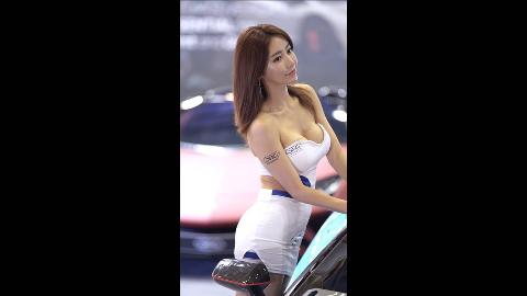 2019年汽车沙龙周模特 - 임솔아[林率雅]Lim Sol Ah