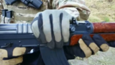 Glock 17  VZ58 夺枪阻止上膛演示