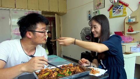 大sao花100元做四斤羊排香辣虾,羊排配大虾,老婆吃的都受不了