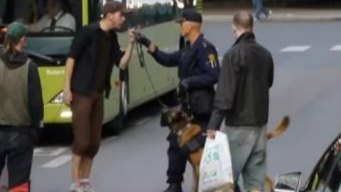 挪威警方抓捕街头闹事者