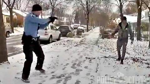 【美国警察执法实录】一名试图自杀的男子持刀威逼警察