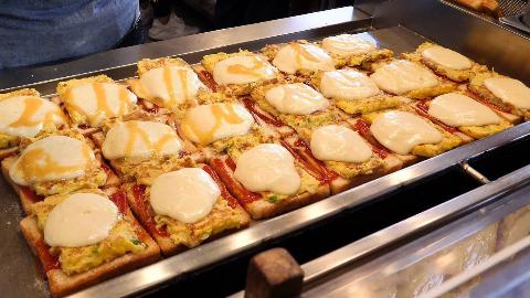 【韩国街边小吃】- 马苏里拉奶酪吐司