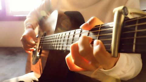 【指弹吉他】忽然之间!超唯美指弹改编版!